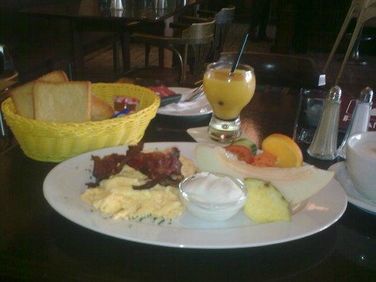 Das Beste Frühstück Von Bremen Piano Bremen Reisebewertungen