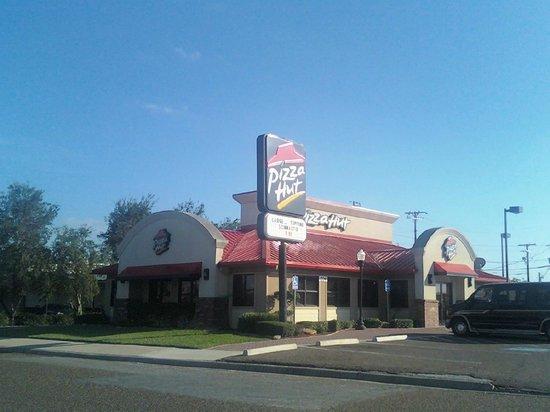 Pizza Hut - Home - Cameron, Texas - Menu, Prices ...