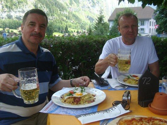 Trummelbach Falls : Рощти с пивом