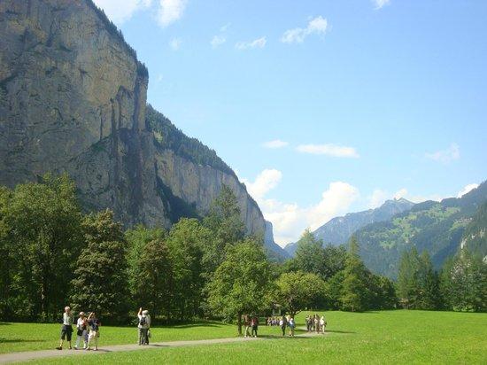 Trummelbach Falls : Панорама долины