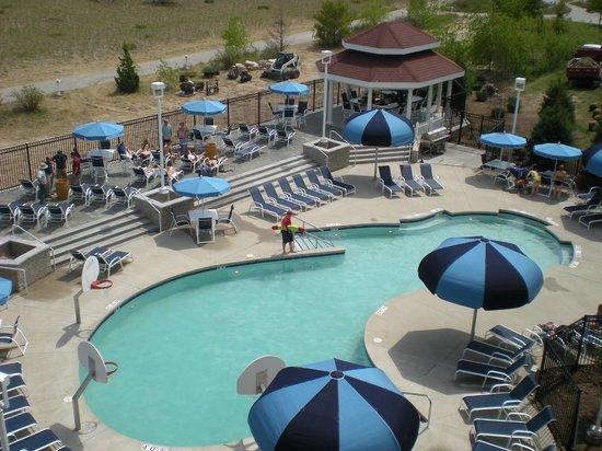 Blue Harbor Resort: Outdoor Pool