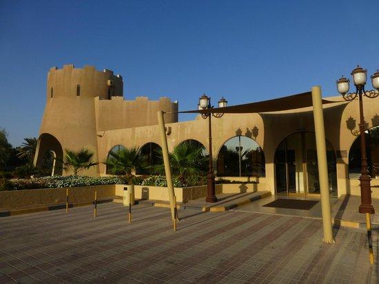 Dhafra Beach Hotel exterior
