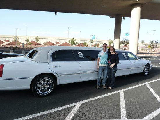 Presidential Limousine: Outside view of our Super Stretch Limo