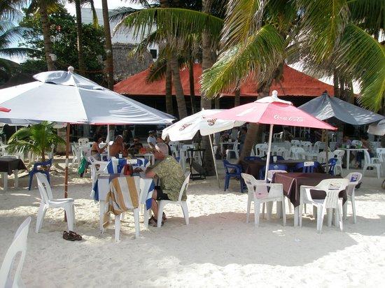 La Tarraya : beach seating