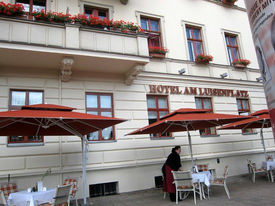 Hotel Am Luisenplatz: Здание отеля