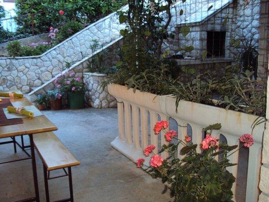 Apartments Marica Plenkovic : terase