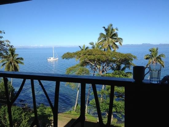Fiji Beach Shacks: a perfect place to have a beer...the pod house view