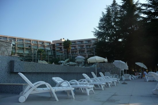 Hotel Laguna Mediteran: бассейн