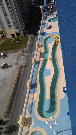 The Prince Resort: tower 2 pool deck