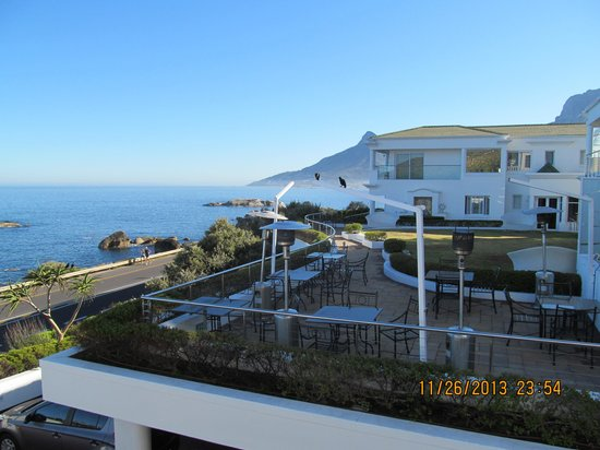 The Twelve Apostles Hotel and Spa: Great views of the Atlantic