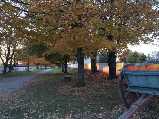 Shaker Village of Pleasant Hill - The Inn : A Fall sunset is awesome at Shakertown