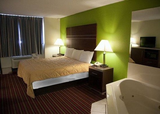 Hotels In Alexandria La With Jacuzzi In Room