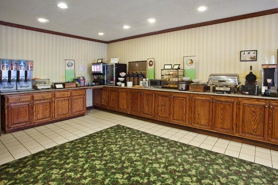 Country Inn & Suites By Carlson, Hiram : CountryInn&Suites Hiram  BreakfastRoom