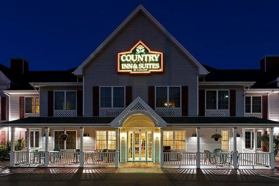 Country Inn & Suites By Carlson, Mount Morris : CountryInn&SuitesMtMorris ExteriorNight