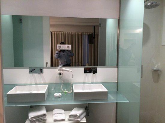 Artrip Hotel: Hotel Room
