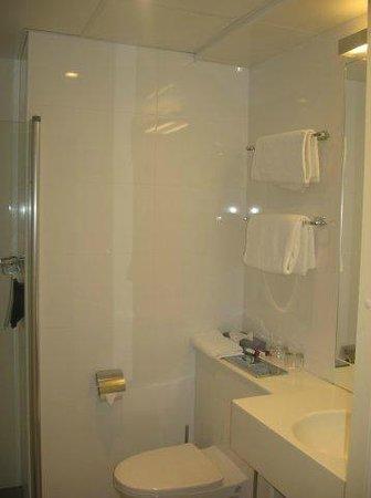 Original Sokos Hotel Albert: Ванная комната.