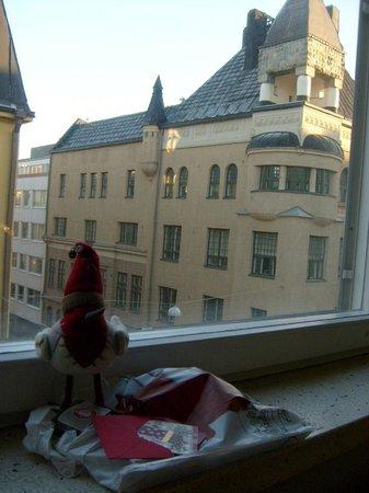Original Sokos Hotel Albert: Вид из окна номера на Альбертинкату.