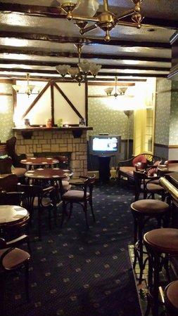 The Waldorf: Bar
