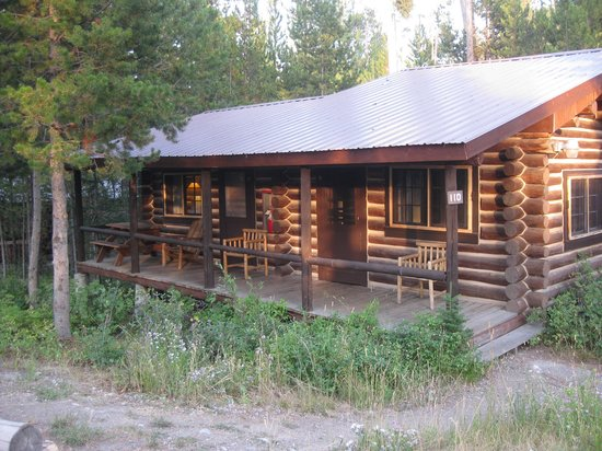 Signal Mountain Lodge: Our rustic cabin