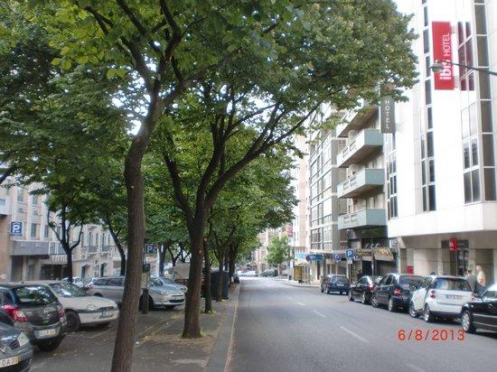Ibis Lisboa Saldanha: Rua Casal Ribeiro