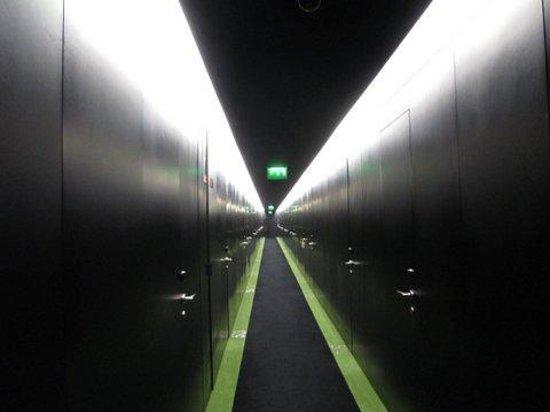 DoubleTree by Hilton Lisbon - Fontana Park : hallway