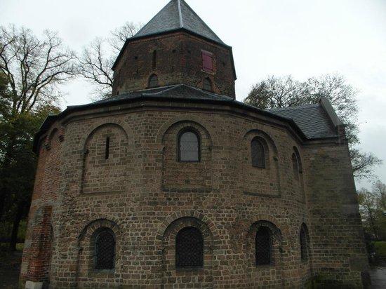 Valkhof Park: The chapel
