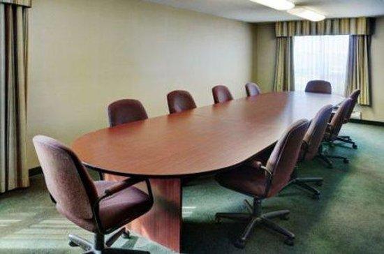 Lakeview Inns & Suites - Fort Saskatchewan : Meeting Room
