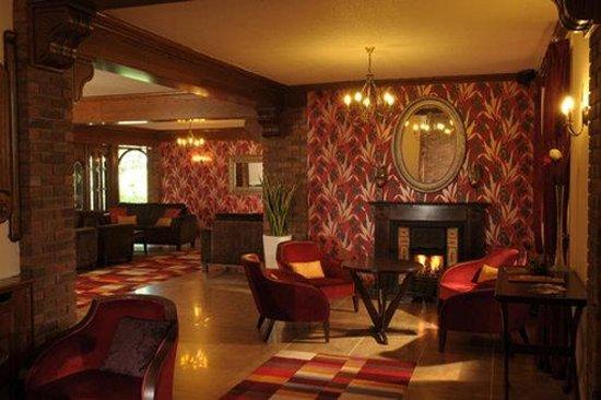 Auburn Lodge Hotel & Leisure Centre: Auburn Lobby