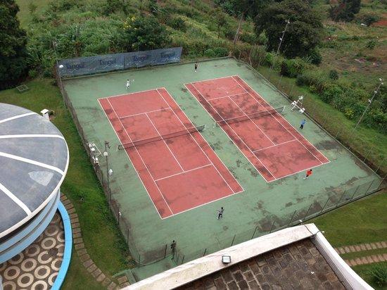 Hotel Mont-Febe : terrain de tennis