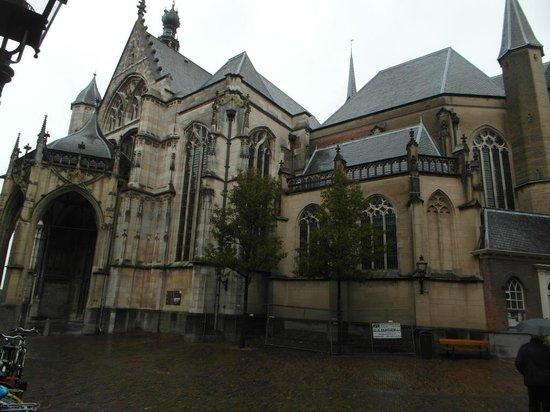 Stevenskerk: Outside the church