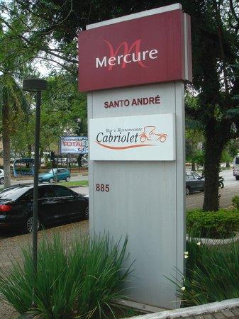 Hotel Mercure Santo Andre : Il Banner esterno