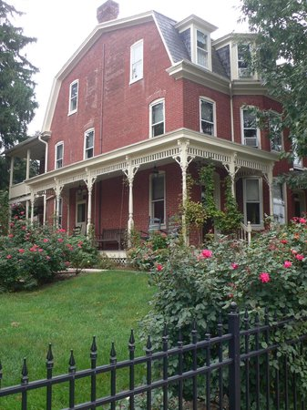 Brickhouse Inn Bed & Breakfast: Close to the heart of the Gettysburg battlefield.