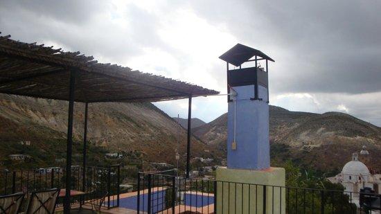 Refugio Romano: Chimenea Habitacion Gris, Vista desde el Balcon/ Terraza SUperiro