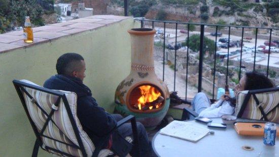 Refugio Romano: Quitandonos el Frio, Terraza Superior