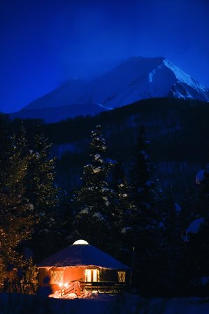Crested Butte Nordic Center: The Magic Meadows Yurt