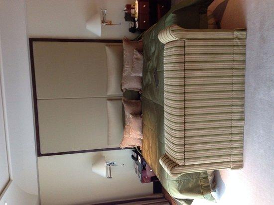 Hotel Adlon Kempinski: Skön säng,..