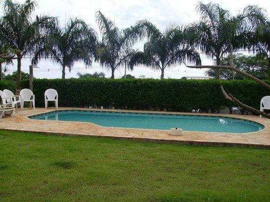 Vila Das Palmeiras Hotel Pousada: Piscina