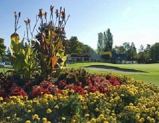 Mylora Golf Course