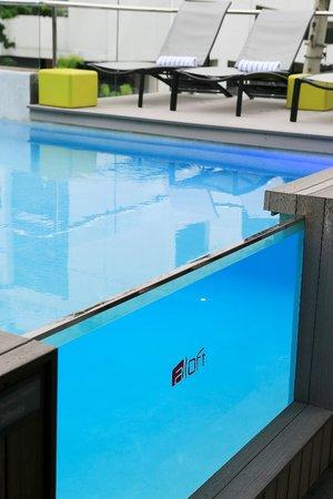 Aloft Panama: Piscina Splash