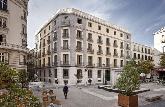 راديسون بلو هوتل مدريد برادو: Hotel View
