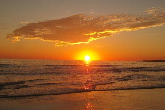 Olhos de Água, Portugal: Beautiful sunsets