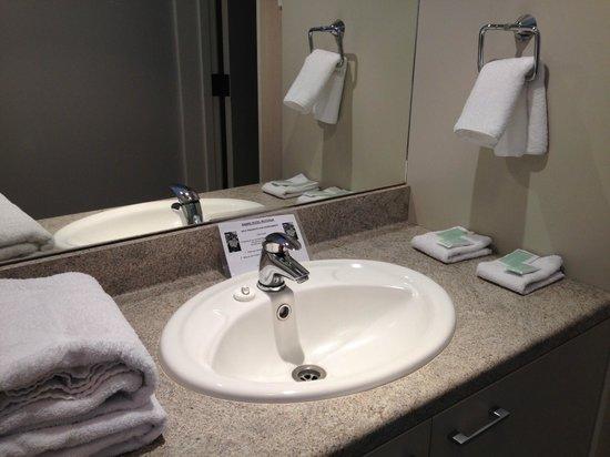 Grand Hotel Rotorua: Premier Bathroom