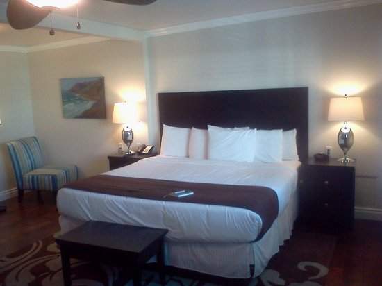 Beach Bungalow Inn and Suites : Queen Bed, so comfy