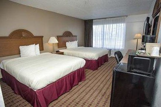 Express Inn And Suites: Double Room Panorama
