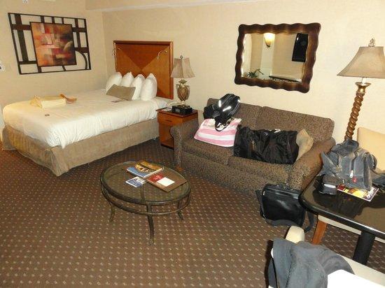 BEST WESTERN PREMIER Eden Resort & Suites: Room