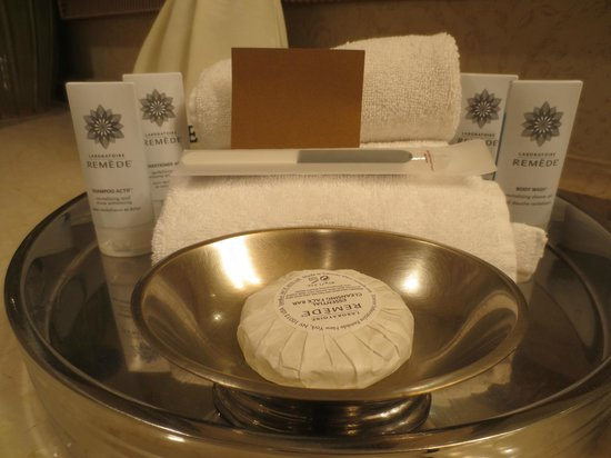 The Phoenician, Scottsdale: Bathroom Amenities