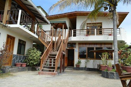 Hotel San Vicente Galapagos: recepção e quartos superiores
