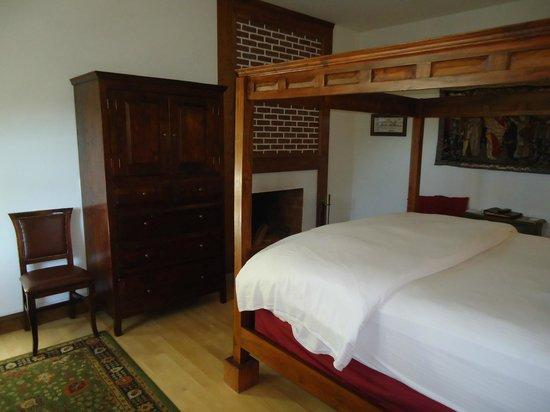 Wedmore Place: Westphalia Room