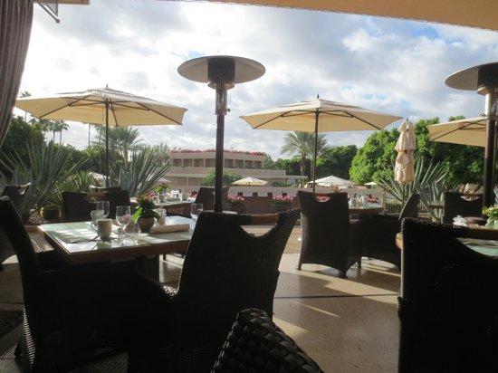 Il Terrazzo - The Phoenician: outdoor seating