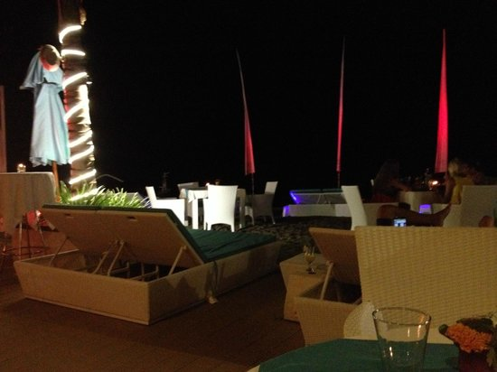 Spice Beach Club Lovina Bali